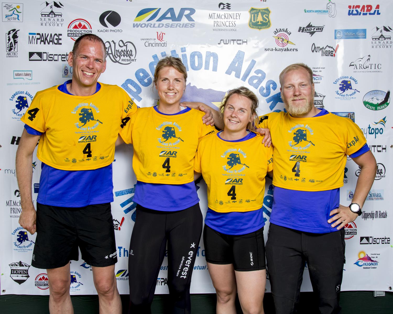 Everest Adventure Team
